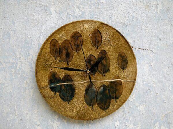 keramicke hodiny, list